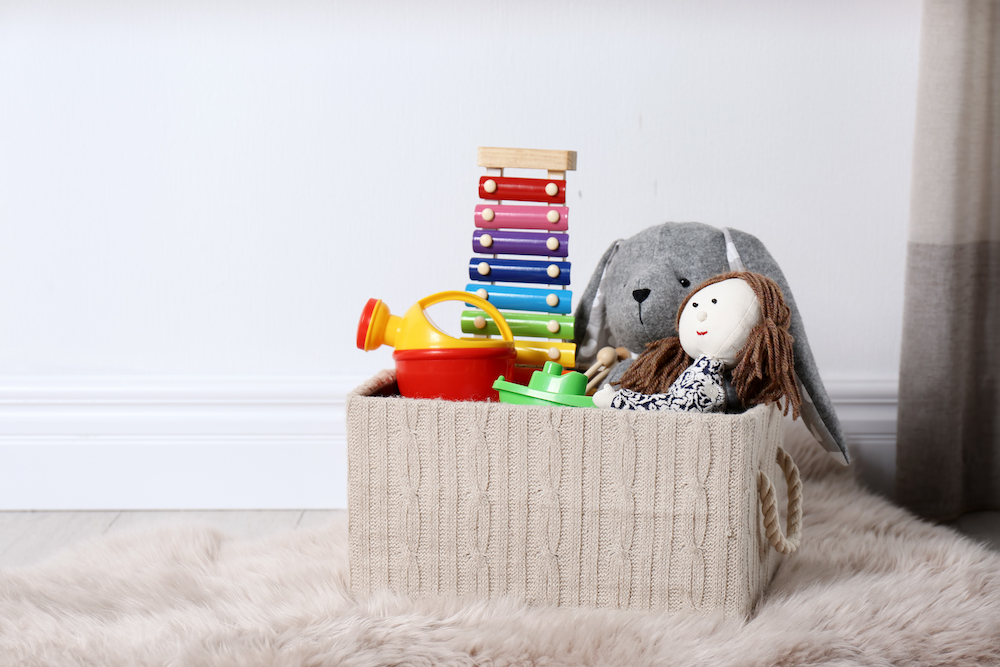 easy toy storage ideas to eliminate clutter